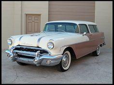 1956 Pontiac Safari Wagon  316 CI, Automatic