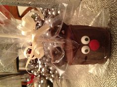 Small Christmas gift idea.  Reindeer marshmallow treat.  I made a dozen of these for my sons Christmas party with his friends.