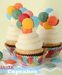 """""""UP"""" Inspired Balloon Cupcakes -- incredibly easy and so SO much fun!!"""