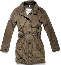 Il trench Rangdum di Dolomite - #safari #look #outfit #fashion #fashionstyle #trends #moda #trench