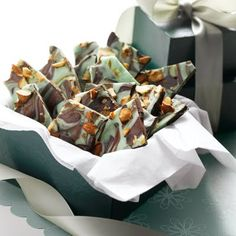 You'll be feeling the #holiday magic with this Magic Mint Chocolate Bark #recipe!