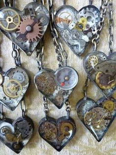 . reinvent object, steampunk crafts, gear, heart jewelry, steampunk heart, resin, necklaces, altered art, jewelri