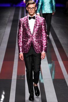 Suit up!   #menswear #malefashion #catwalk #designer