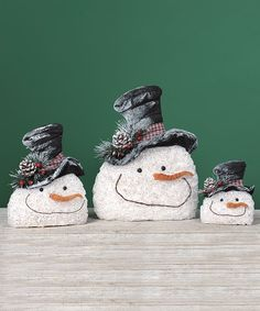 Crinkled Hat Frosty Snowman set