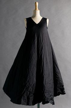 / beaches, fashion, style, cloth, dresses, flowi dress, black flowi, crinkl black, black dress