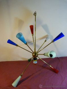Lampara Sputnik .Italia . Laton y cristal de Murano .Años 50 .