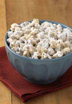 Enjoy this no-bake Peanut Butter Popcorn Munch recipe as an after-dinner dessert tonight!