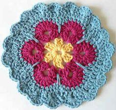 Best Free Crochet » #172 Garden Bloom Crochet Dishcloth – Maggie Weldon Maggies Crochet