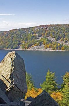 10 reasons to plan a camping trip this fall