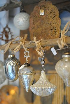 holiday, diy ideas, wall hangings, glasses, twine, mercury glass, vintage ornaments, glass ornaments, vintage christmas ornaments