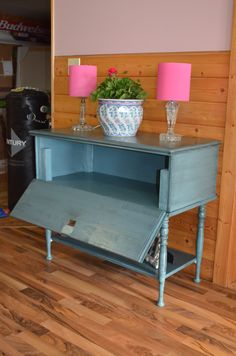 MacGIRLver: Cedar Chest Makeover - for TV Stand??