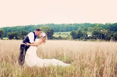 Country wedding photography: 2nd anniversary photoshoot