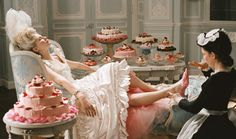 This is how I see the world.....: LET US EAT CAKE!