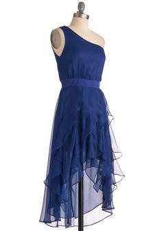 love this for a bridesmaid dress! especially if the bride's dress is a similar make.