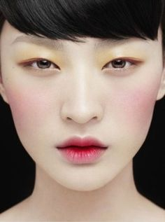 I love Korean inspired ombre lips these days. beauty makeup, eye makeup, geisha, lip, color, asian makeup, blush, stain, retro makeup