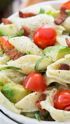 Creamy Avocado Pasta Salad loaded with diced California Avocados, plump tomatoes, crispy bacon and fresh basil tossed with a creamy avocado ranch dressing!