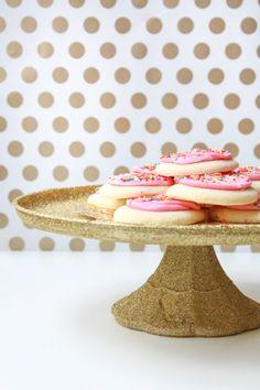 Update a cake stand with Martha Stewart Crafts Decoupage and Martha Stewart Crafts Glitter for the ultimate dessert presentation #marthastewartcrafts #12monthsofmartha