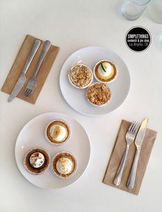 Simple Things / Freutcake cupcak, person pie, food, mini pies, pie shop, dessert