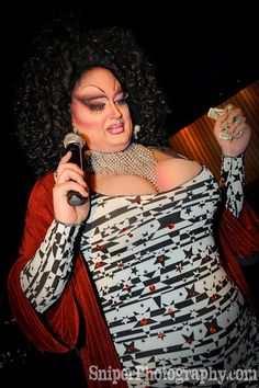 how to become a drag queen