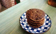 SINGLE SERVING FLUFFY 100% WHOLEWHEAT MOCHA-CHOCO-MUFFIN PANCAKES (FAT-FREE ANDVEGAN)
