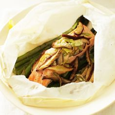Steamed Salmon, Asparagus and Shiitake Mushrooms Recipe