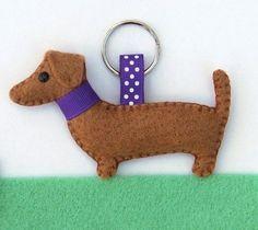Daschund keyring, Hattifer's hand sewn gifts craft chic, felt dachshund, feltro animai, craft idea, daschund keyr, hattif, crafti idea, hand sewn gifts, craft dog