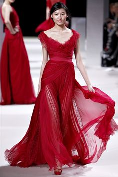 I love this!!! Elie Saab Spring 2011 Couture