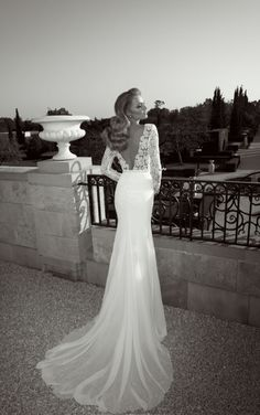Low back lace Wedding Dresses by Zoog Sutudio