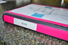 The O.C.D. Life: Binders 101: Blog! Tons of printables to help with your binder too.