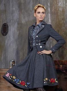 Such an elegant, timelessly dark grey hued trachten suit. #trachten #suit #dirndl #dress #German #folk #costume