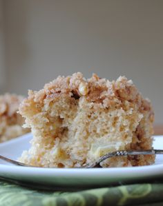 Apple Streusel Coffee Cake, from Mama's Gotta Bake.