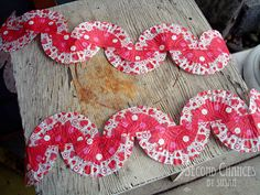 Love this!  Baking Cup Bunting