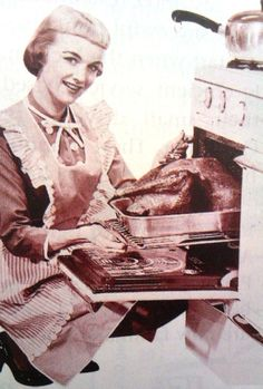 Retro Housewife - Thanksgiving Day