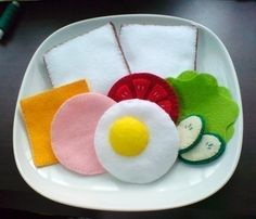 Felt Sandwiches and Pita Sandwich - Patterns and Instructions via Email