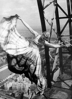 Lisa Fonssagrives - 1939 - Hanging off the Eiffel Tower in Paris - Photo by Erwin Blumenfeld - Vogue Paris vogue, eiffel tower, fashion, towers, lisa fonssagr, pari, erwin blumenfeld, erwinblumenfeld, photographi