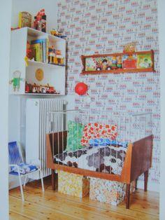 retro kid room