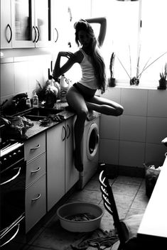 kitchens, at home, long hair, photography women, white, laundry rooms, kitchen counters, black, photographi