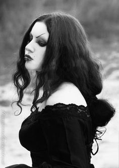 THIS is Goth!