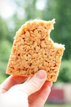 caramel rice crispy