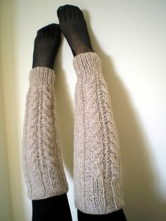 cable knit leg warmers - link is broken, but good inspiration