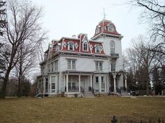 Peter Van Dyke House, Lapeer, Michigan by tegan.baiocchi, via Flickr