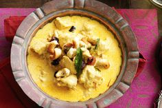 Dish up delicious spoonfuls of tender chicken, crunchy cashews and mellow, creamy sauce.