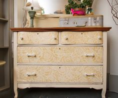 3 Oaks Studio - Stencilled chest of drawers