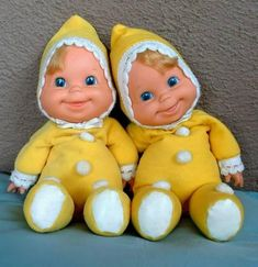 MATTEL Baby Beans Doll DOLLS Tagged Original Doll Clothing c.1970!  I learned how to tie a bow on the ribbons of her bonnet.