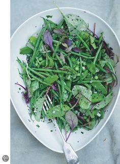 Salade van verse peulvruchten met mosterdzaad en dragon uit Plenty ...