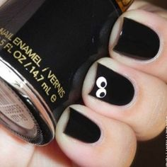 15 Best Halloween Nail Art Ideas