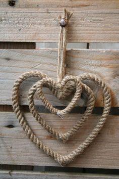 rope hearts #rope #hearts #crafts #rustic #cowboy (repin) ≈√