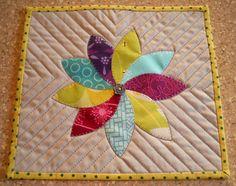 flower mug rug