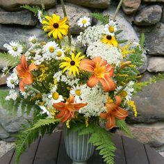 DIY Wedding Flower Centerpiece