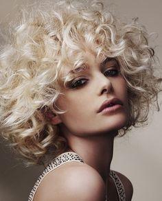 medium-curly-hair-styles-2013-01